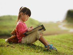 wikivanmau img - Chứng minh câu tục ngữ: Học thầy không tày học bạn hay nhất