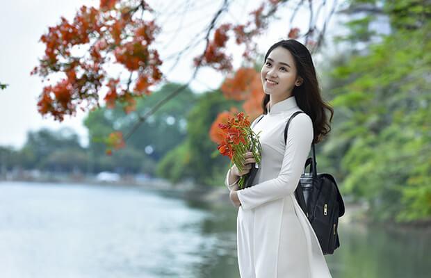 7215 1494911290057 1016 - Nghệ thuật xây dựng nhân vật Hoạn Thư trong Truyện Kiều